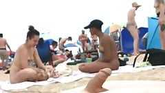 I only cum to watch topless ladies on the beach 01
